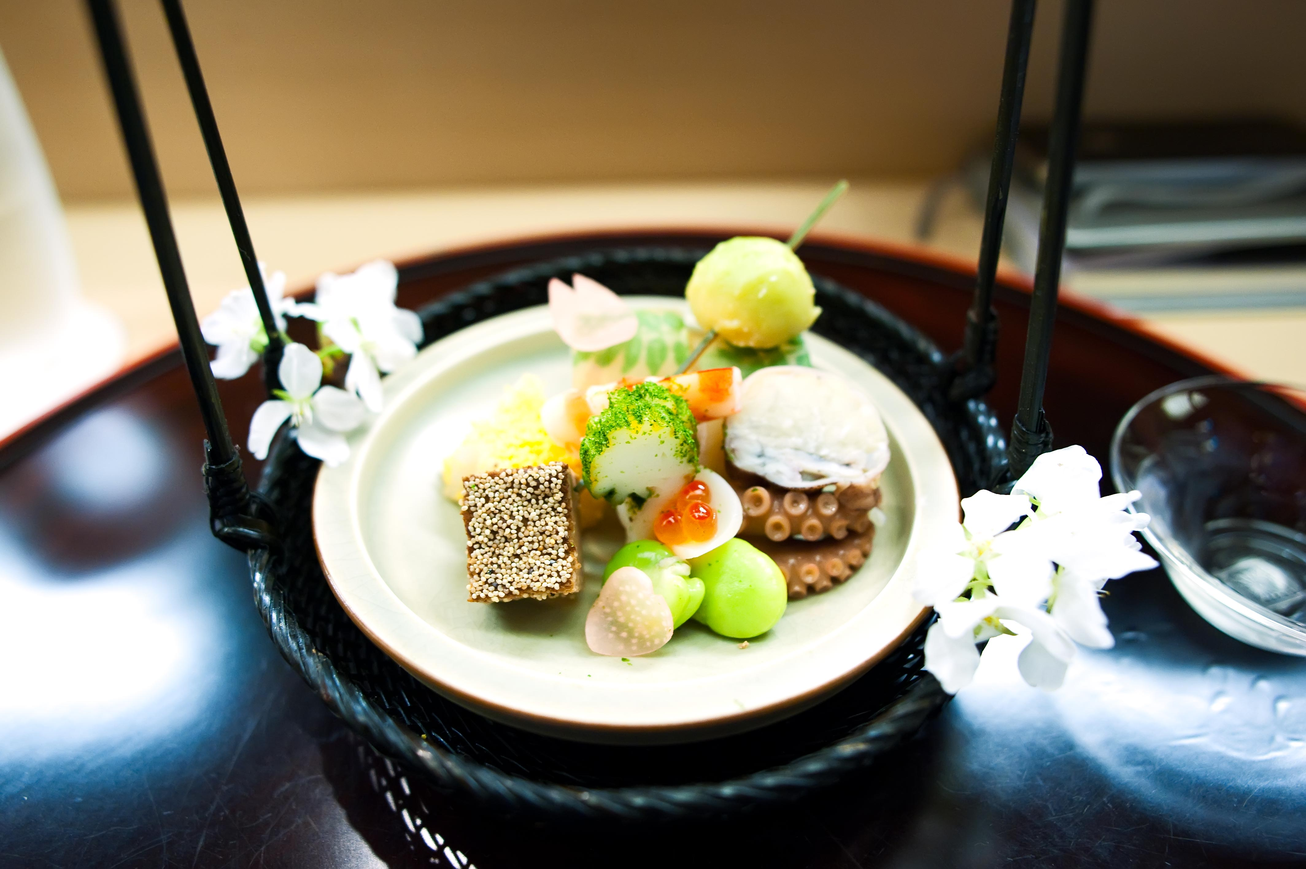 Akasaka kikunoi tokyo lennardy for Akasaka japanese cuisine